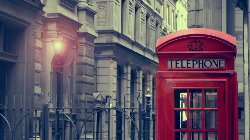 tumblr_static_london_telephone_box_by_blue_sunny_skies-d54c0j7